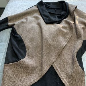 Sweaters - Cowl neck pull over sweater